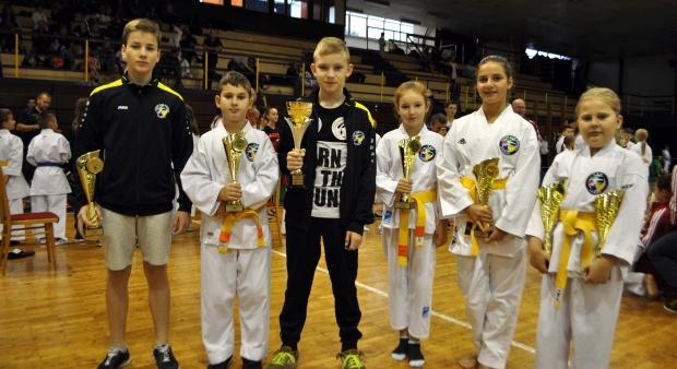 Ziacka liga 2015-2016, Kosice, 1 kolo, title